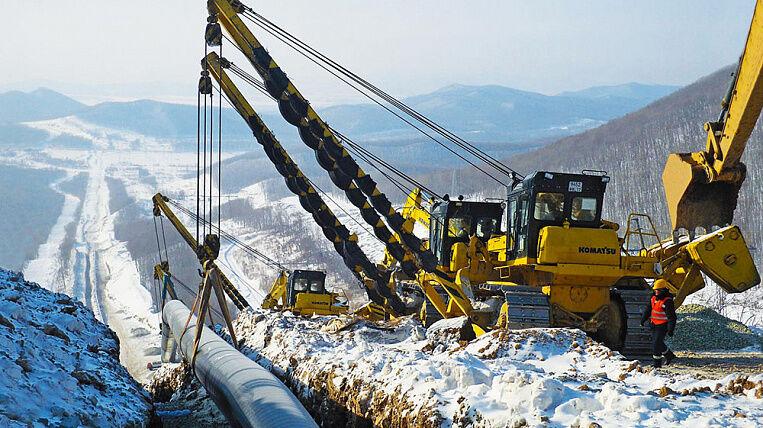 Отвод от нефтепровода ВСТО построит китайская CNPC к осени 2017 года .