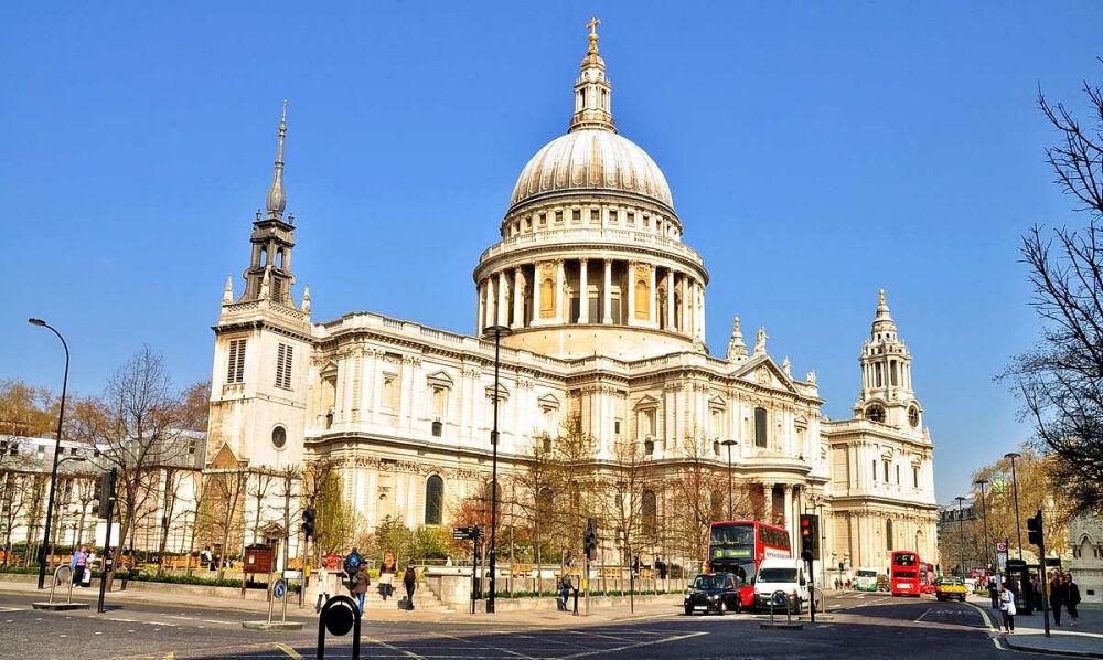 В соборе Святого Павла в Лондоне погибла туристка - Телеканал Новый ...