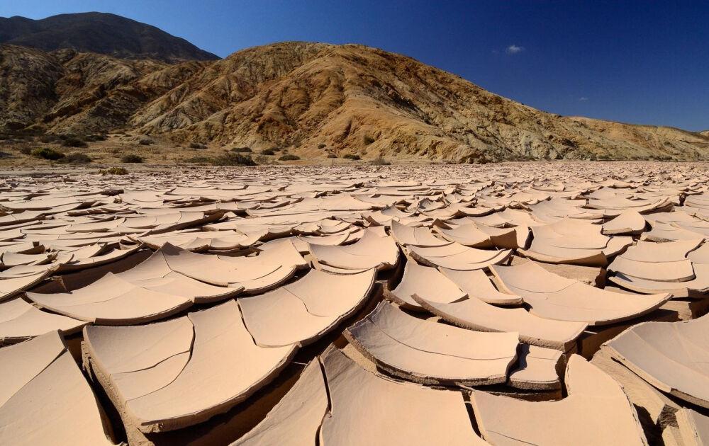 на каком континенте находится пустыня сахара