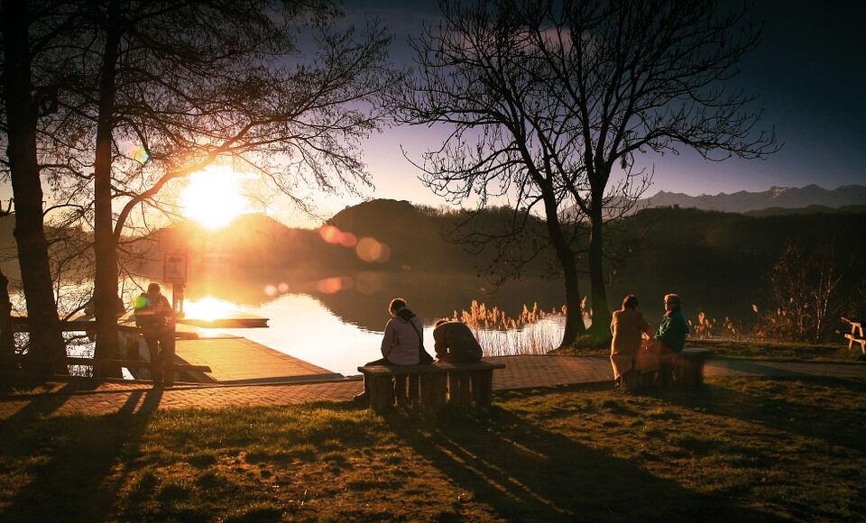 Озеро Люди Расслабиться · Бесплатное фото на Pixabay