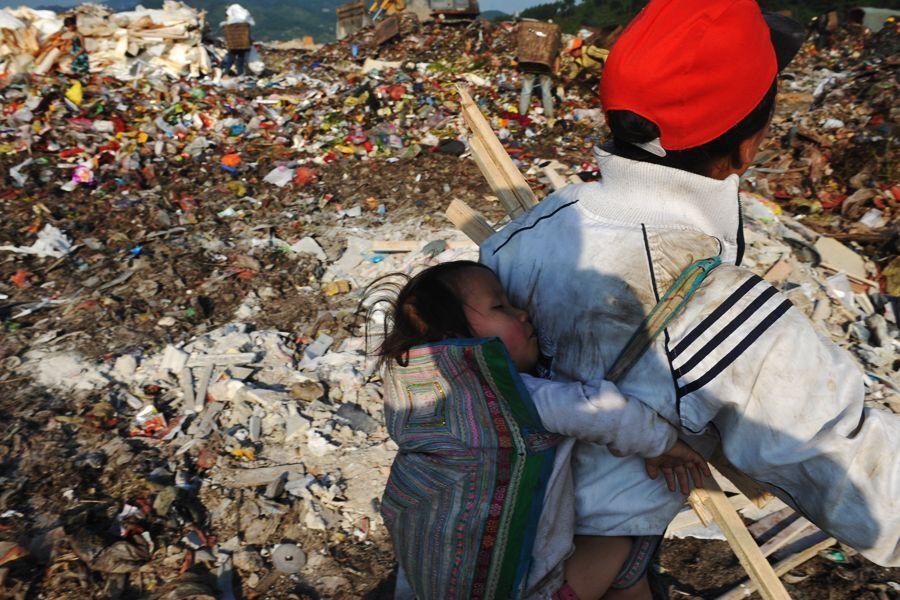 Китайские дети на свалке в Гуйчжоу | Путешествия | Блог Толкователя