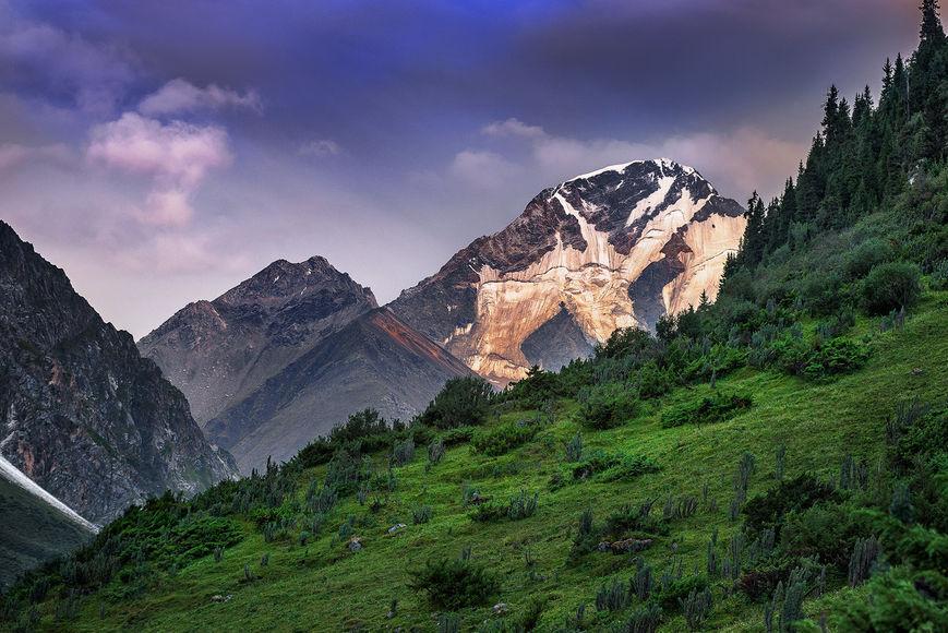 Пик Жаркулак, 4790 м. Центральный Тянь-Шань — National Geographic Россия