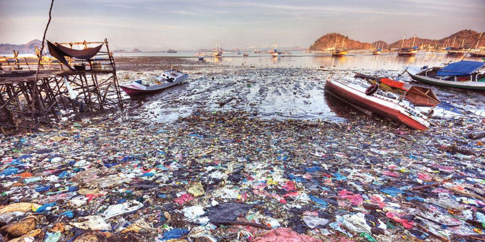 самый загрязненный океан