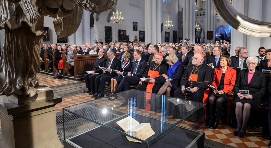 В Германии протестанты совместно с католиками отметили 500-летие ...