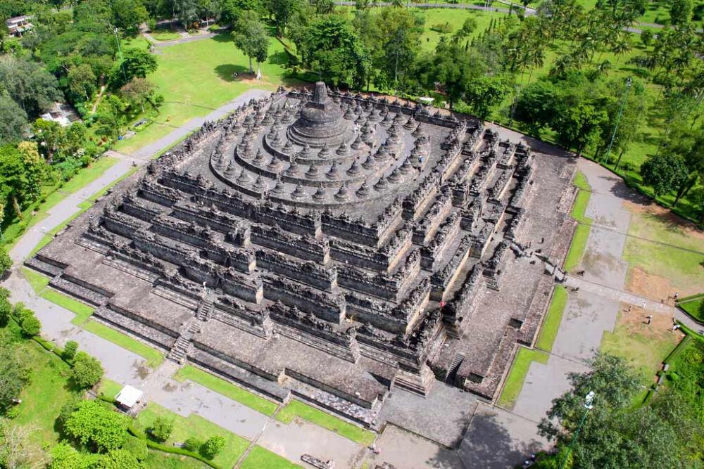 Боробудур в Индонезии: история, описание, фото