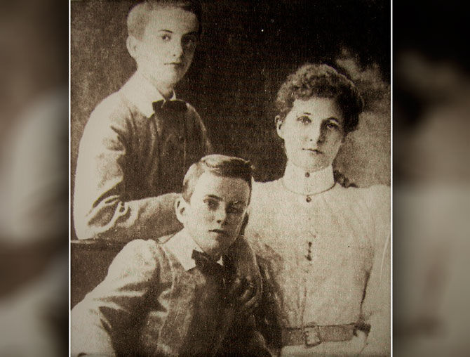 Жена и двое сыновей Миклухи Маклая